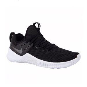 Nike free x metcon 👟